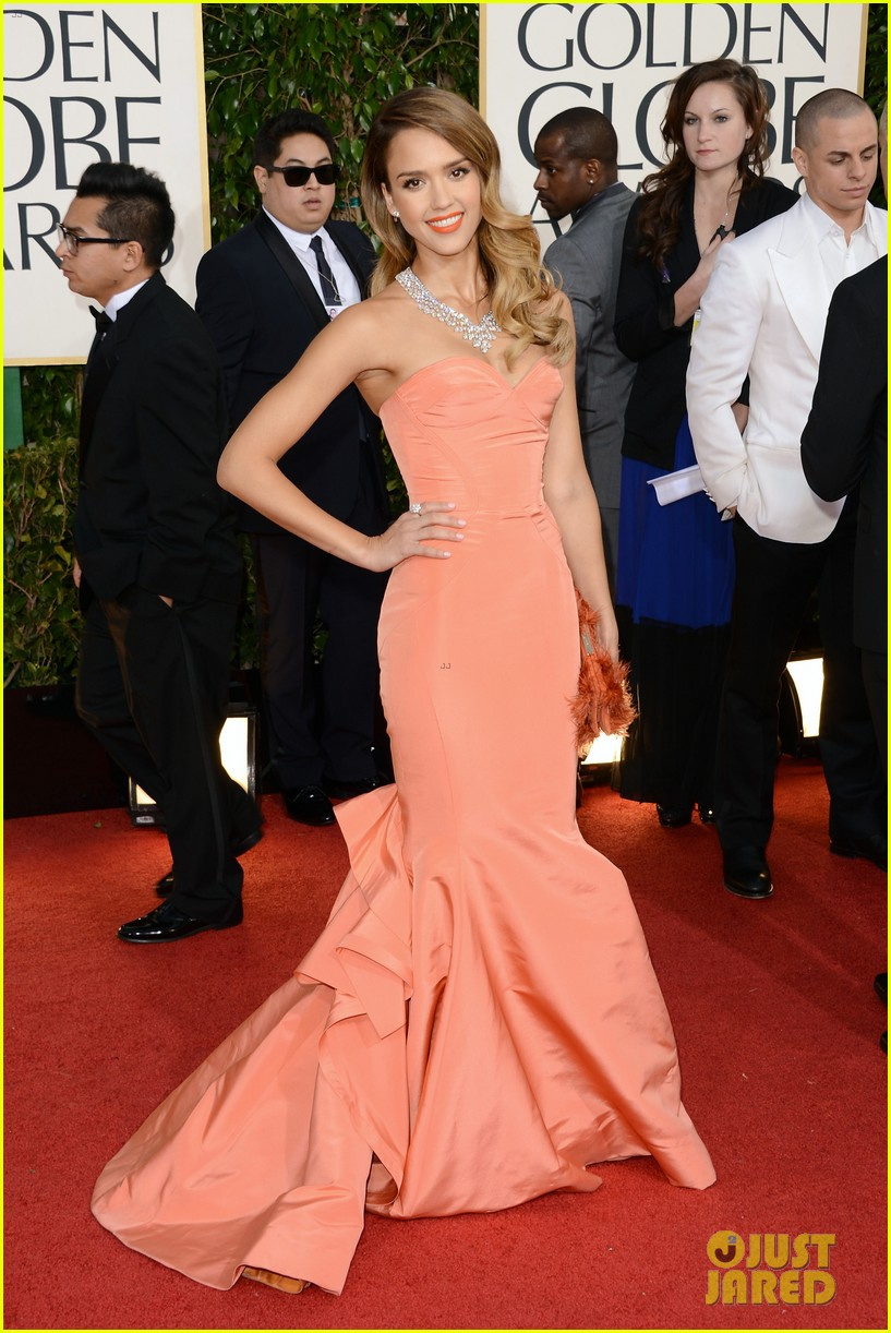 jessica alba golden globes 2013 red carpet 032791946