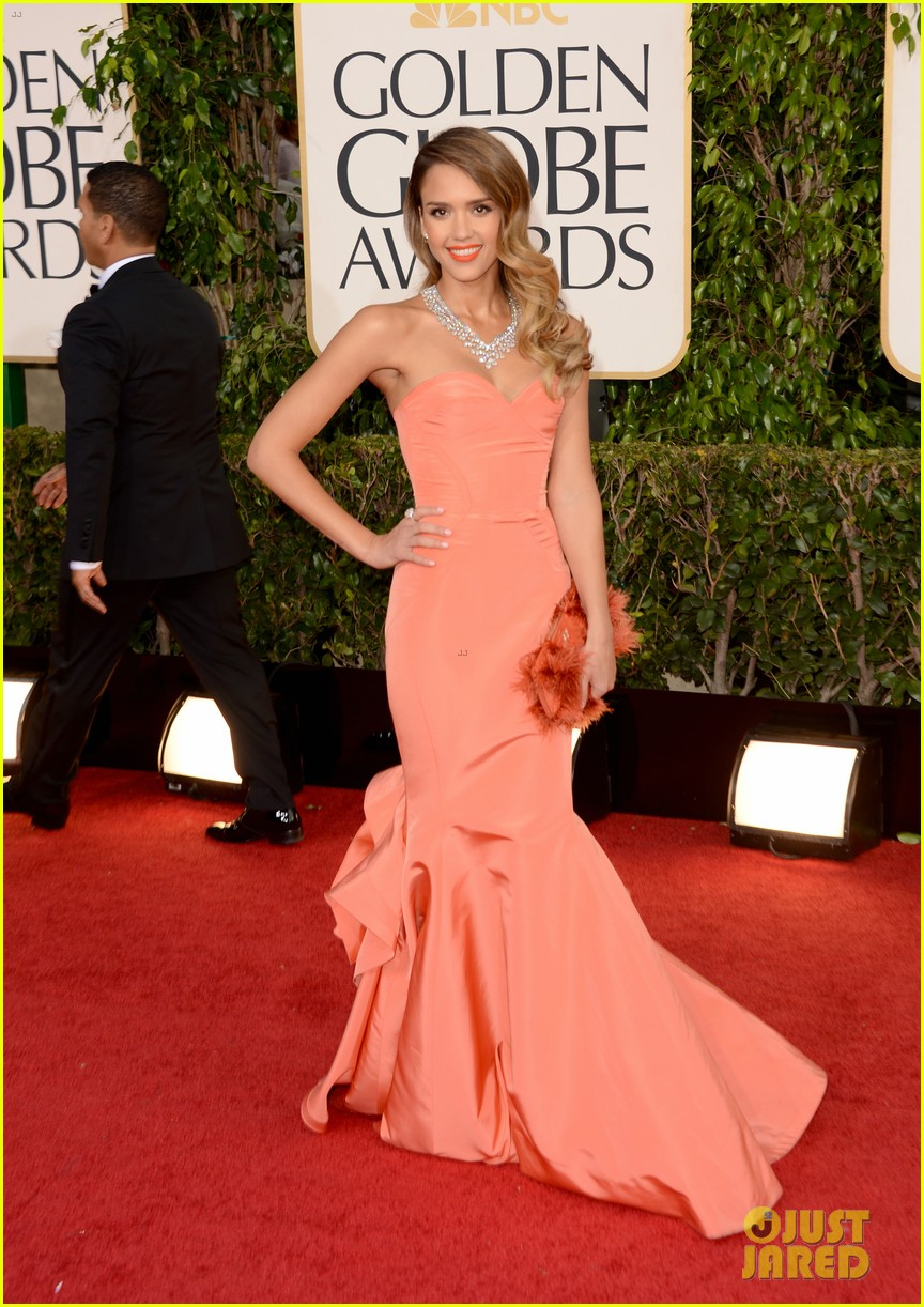 jessica alba golden globes 2013 red carpet 052791948