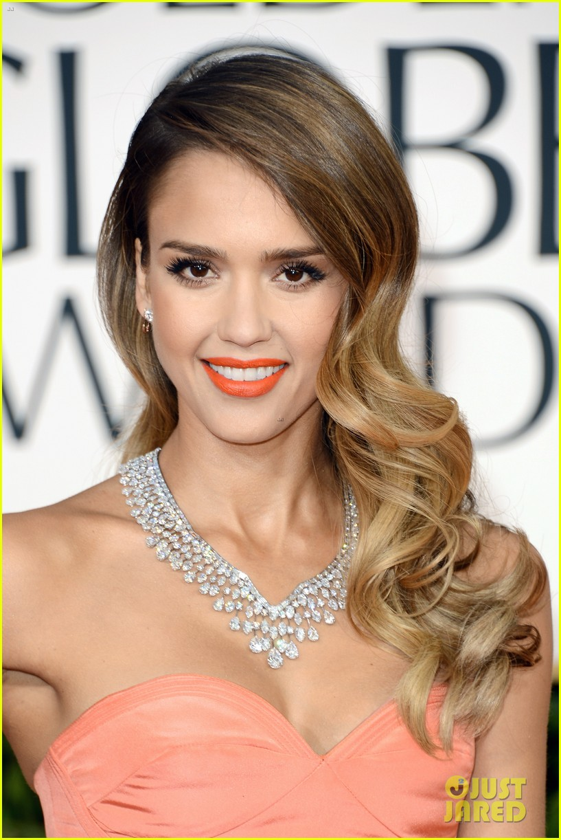 jessica alba golden globes 2013 red carpet 092791952