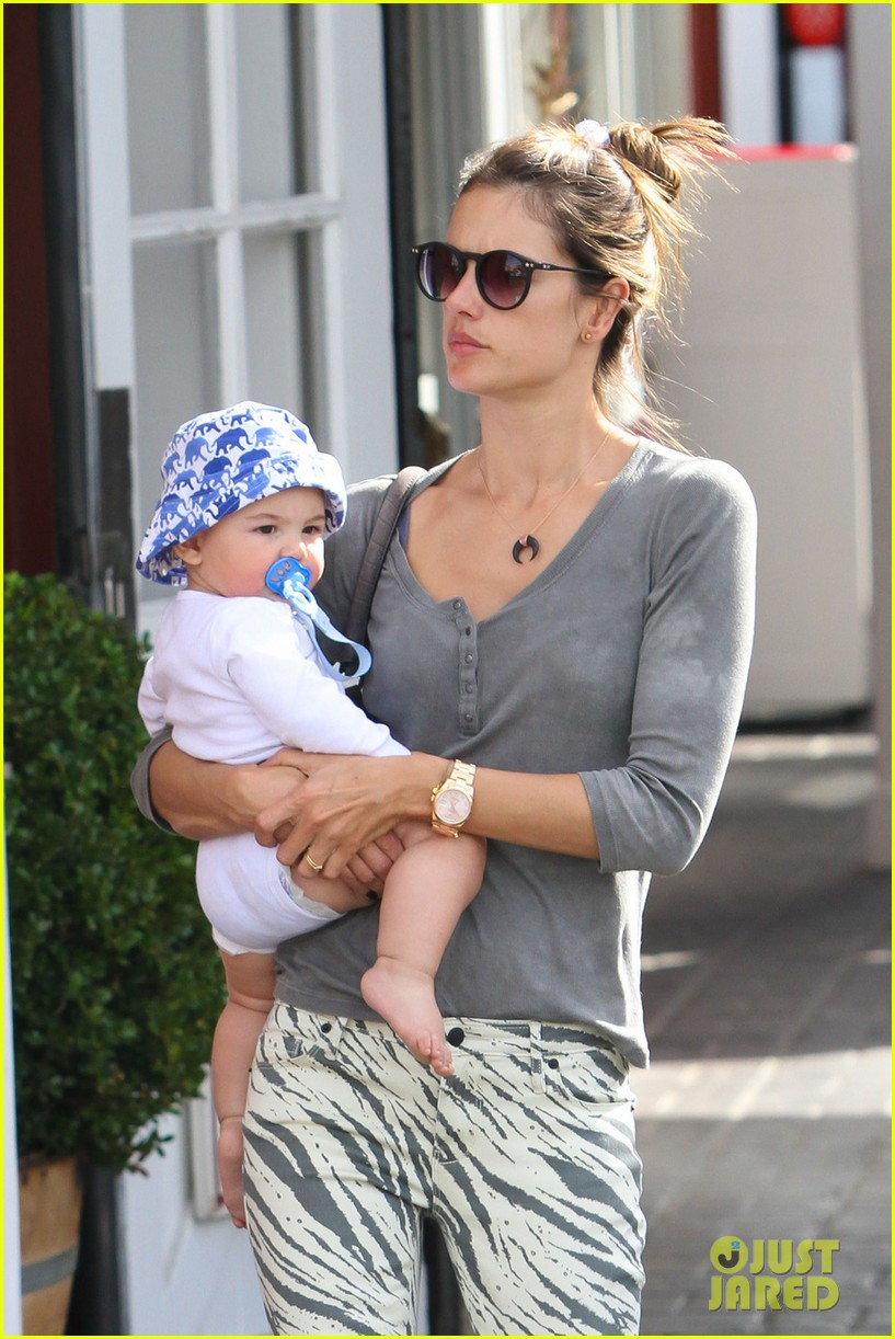 alessandra ambrosio brentwood country mart noah 022797776