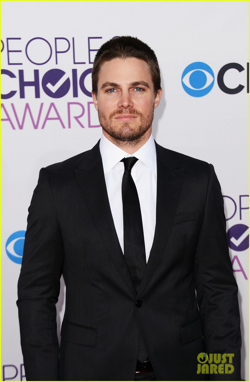 stephen amell jd pardo peoples choice awards 2013 032787682