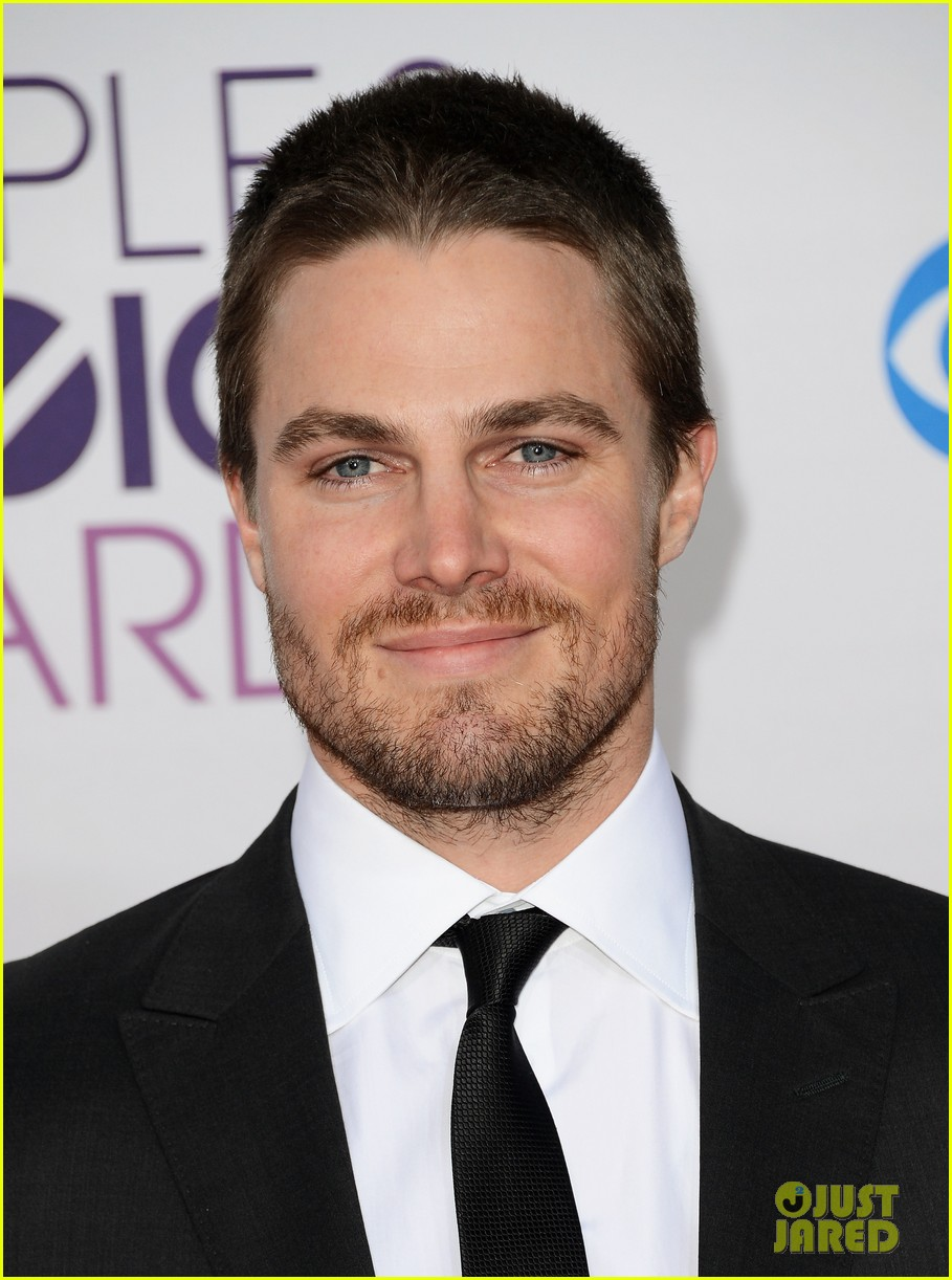 stephen amell jd pardo peoples choice awards 2013 08