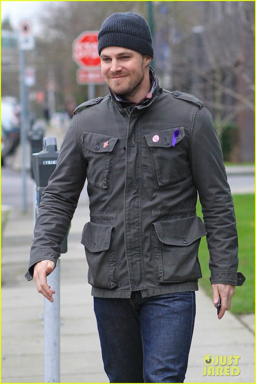 stephen amell i want to host saturday night live 082793583