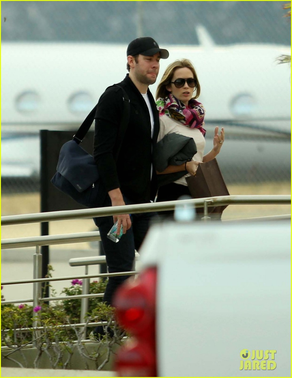 jennifer aniston justin theroux friends depart cabo 052784474