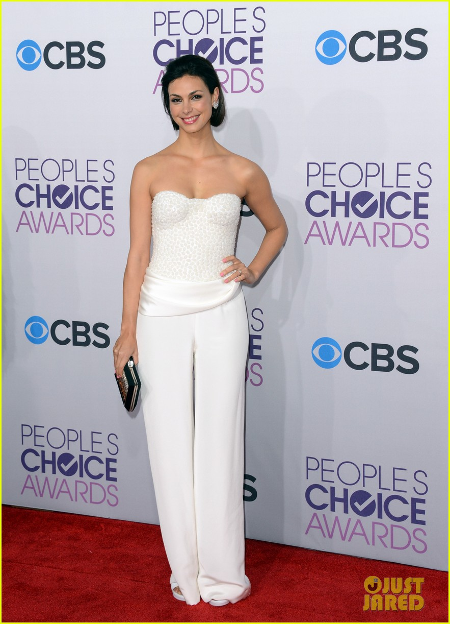 morena baccarin nathan fillion peoples choice awards 2013 072787915