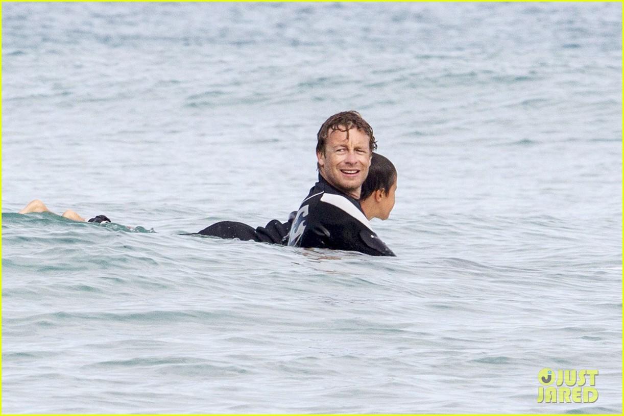 simon baker surfing in sydney 022782902
