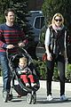 elizabeth banks family outing 14