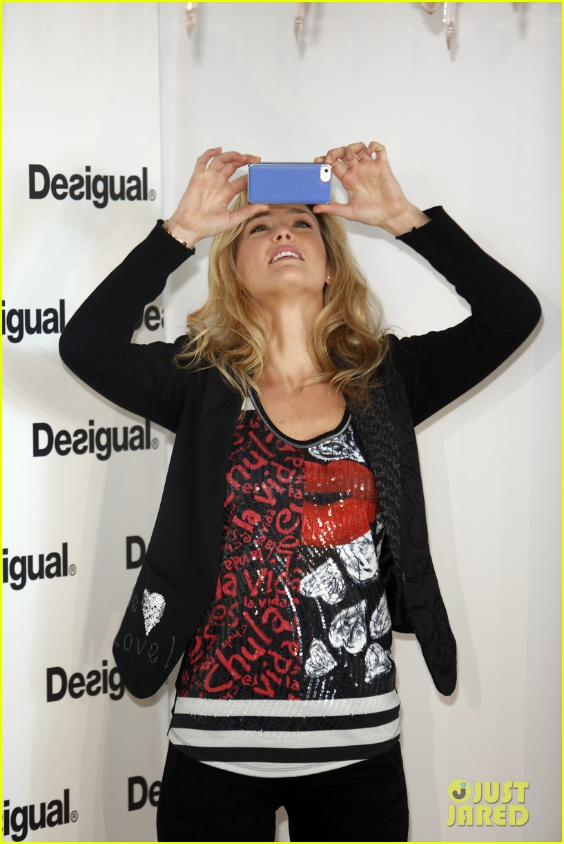 bar refaeli we love by desigual presentation 132800686