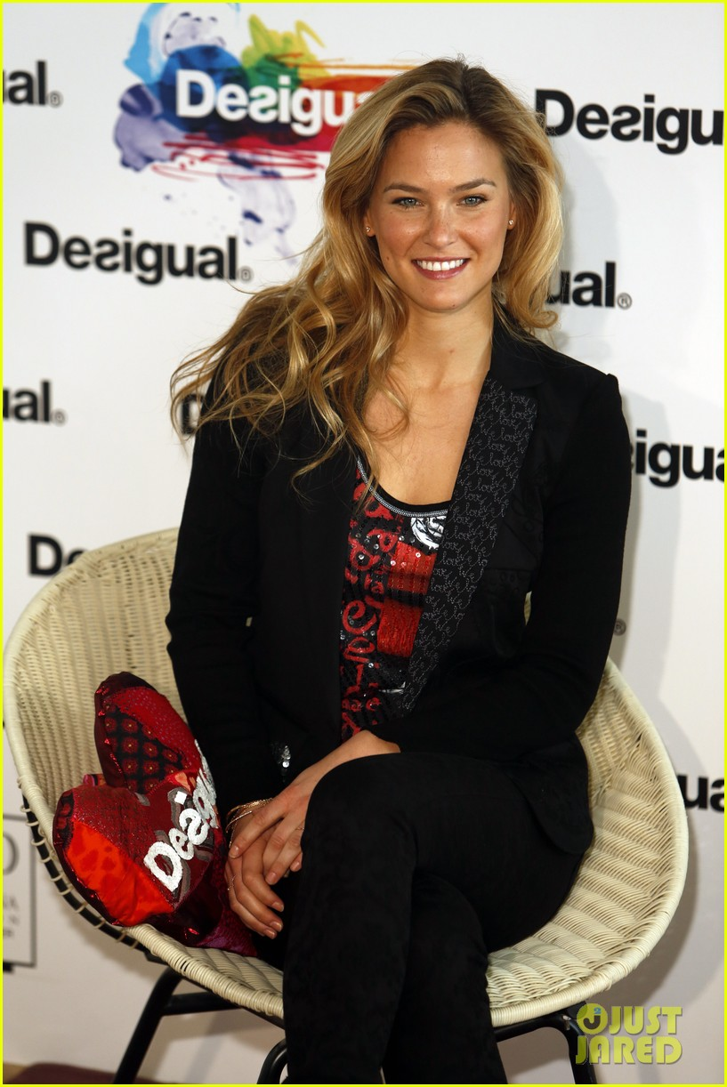 bar refaeli we love by desigual presentation 15