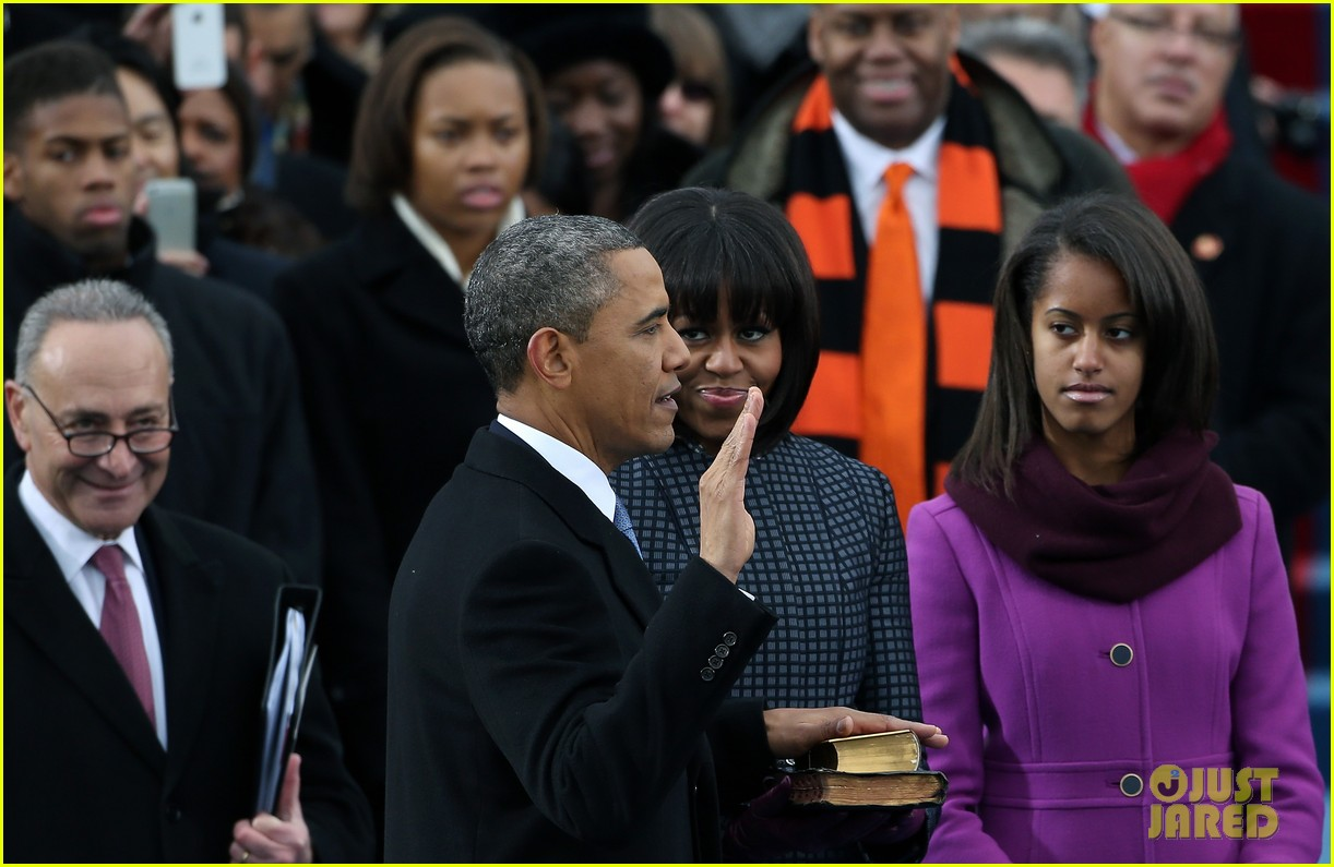 watch president obama being sworn in at second inauguration 112796128