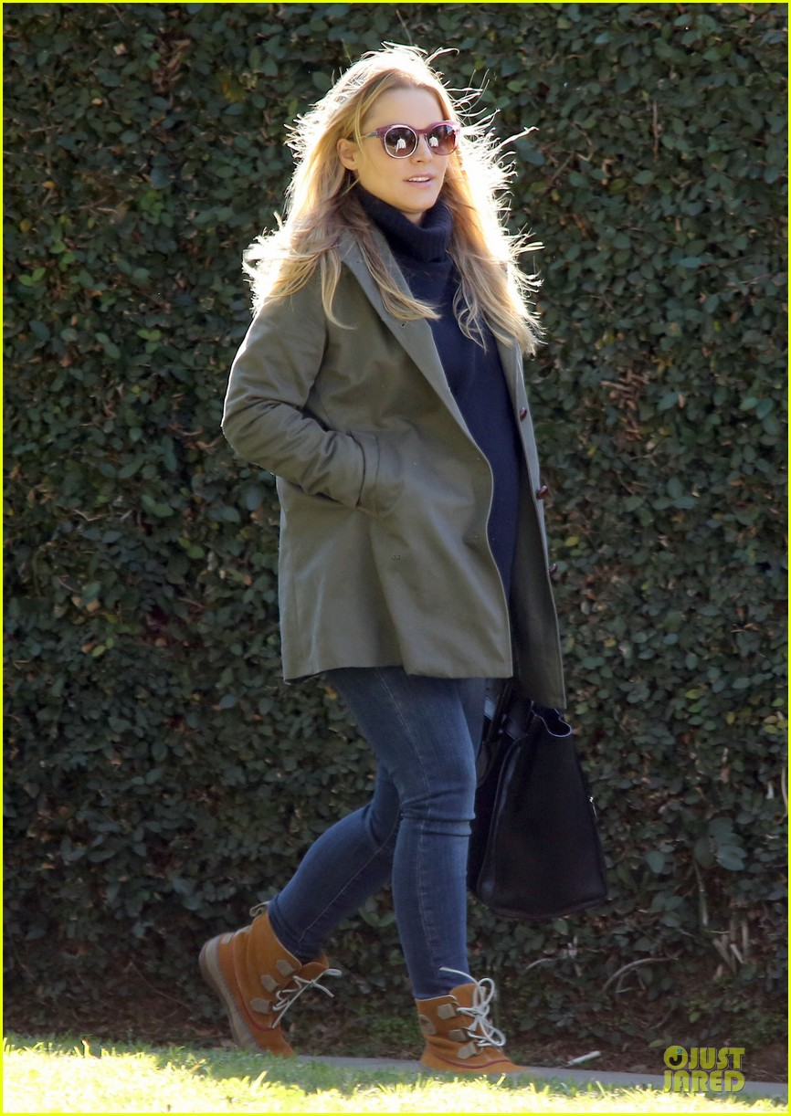 kristen bell chelsea lately appearance this week 032800522