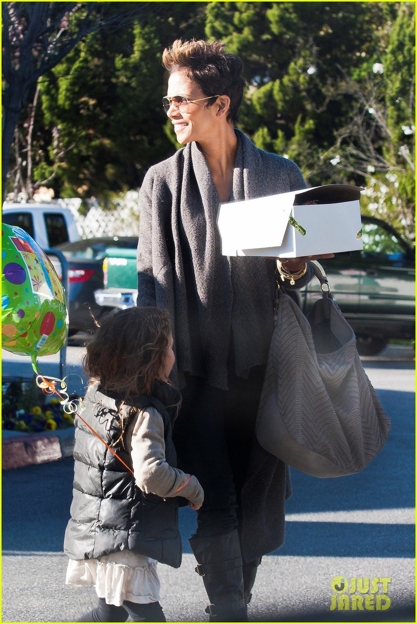 halle berry alicia keys bet honors 2013 red carpet 302790049