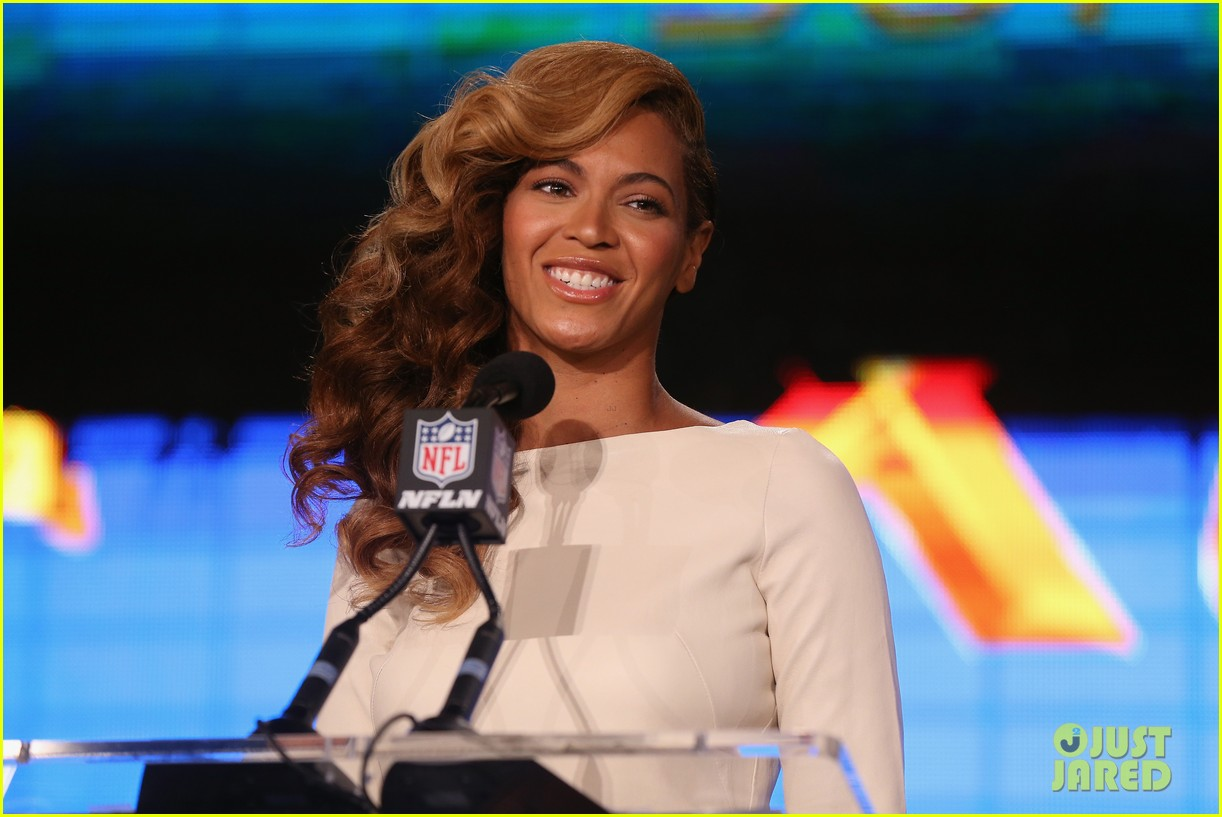 beyonce national anthem live at super bowl press conference 03