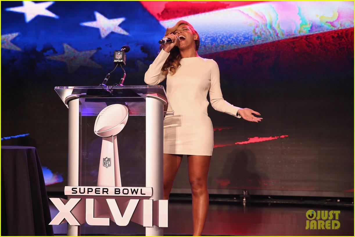 beyonce national anthem live at super bowl press conference 082802047