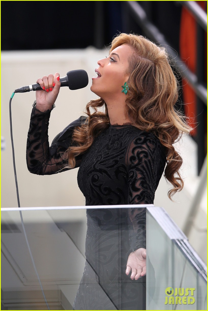 beyonce national anthem inauguration performance watch now 092796140