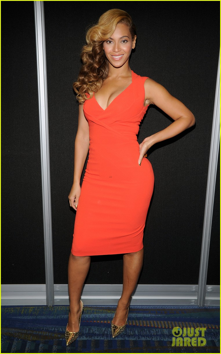 beyonce press conference complete video backstage pics 012802088