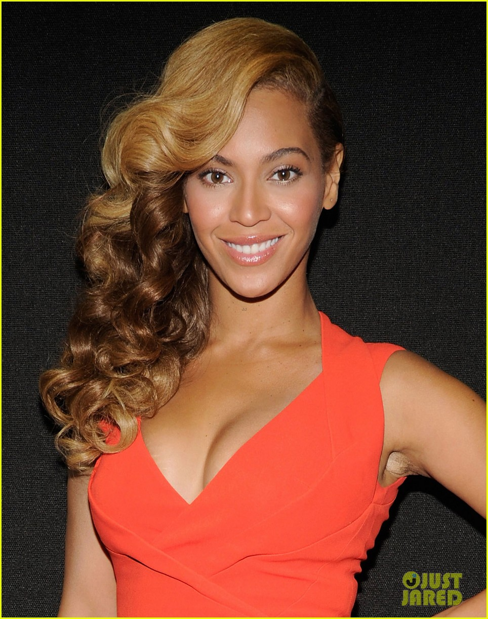 beyonce press conference complete video backstage pics 042802091
