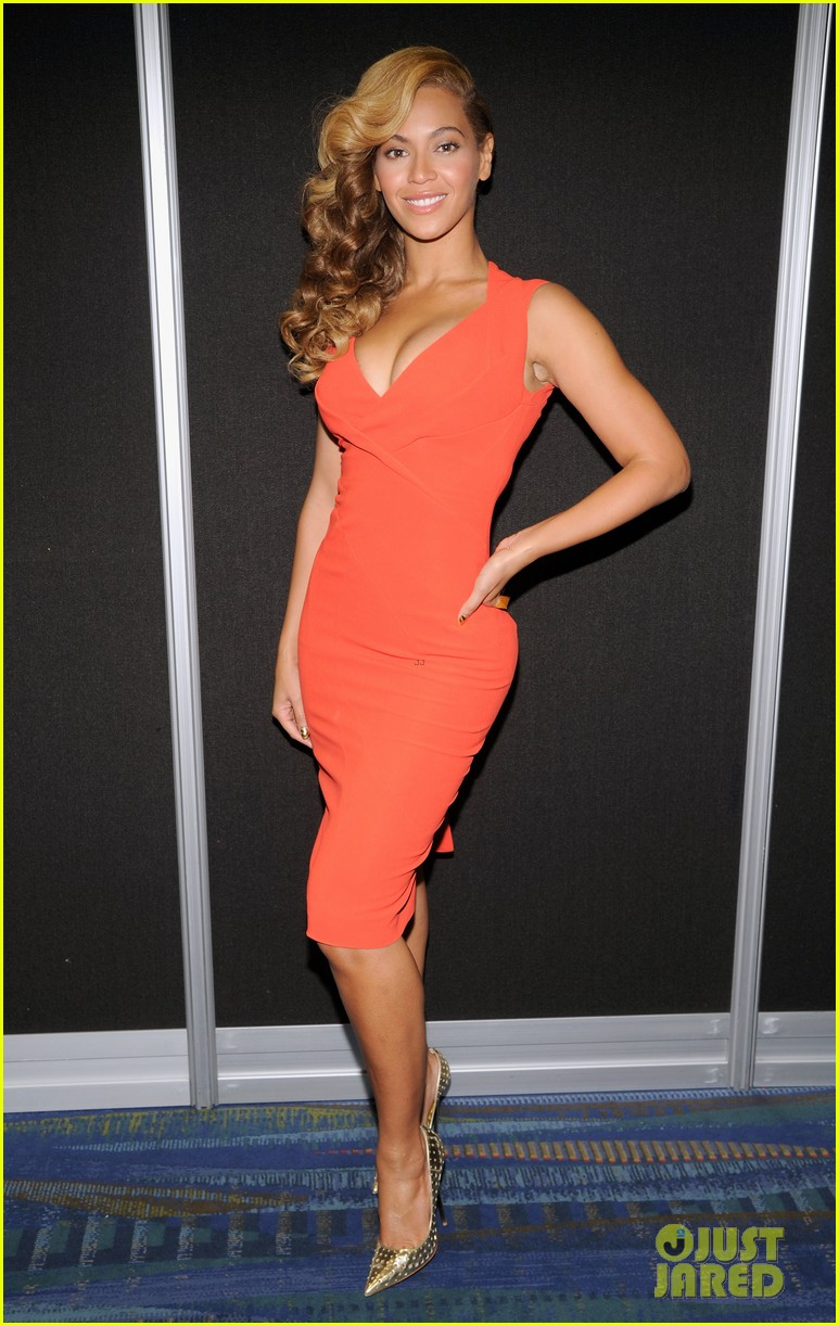 beyonce press conference complete video backstage pics 052802092
