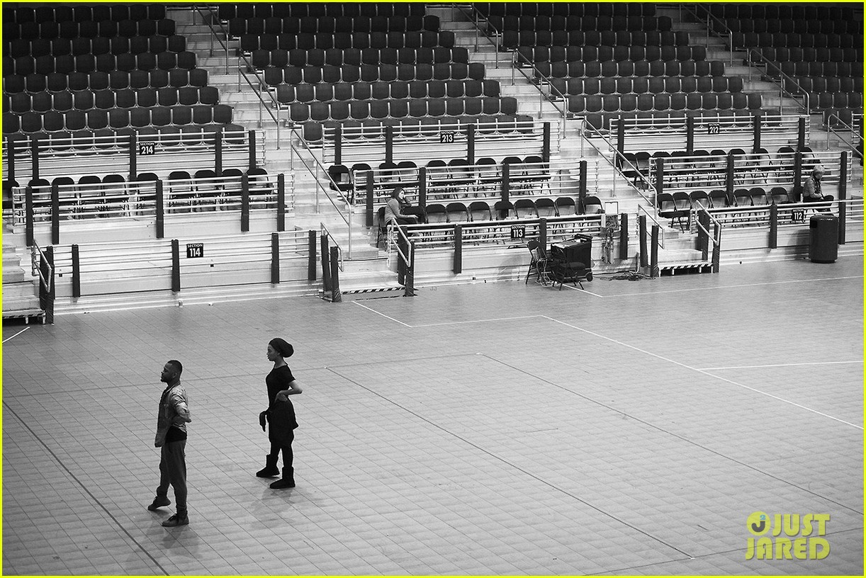 beyonce super bowl halftime show rehearsal new pics 072801504