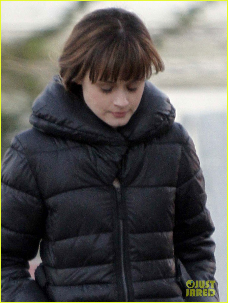 alexis bledel remember sunday set with zachary levi 062793974