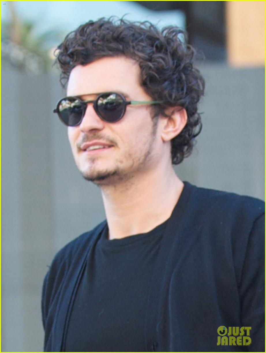 orlando bloom cafe gratitude lunch with pals 022801798