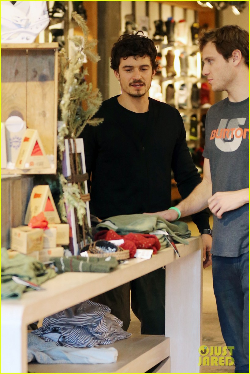 orlando bloom burton snowboard shopper 032784527