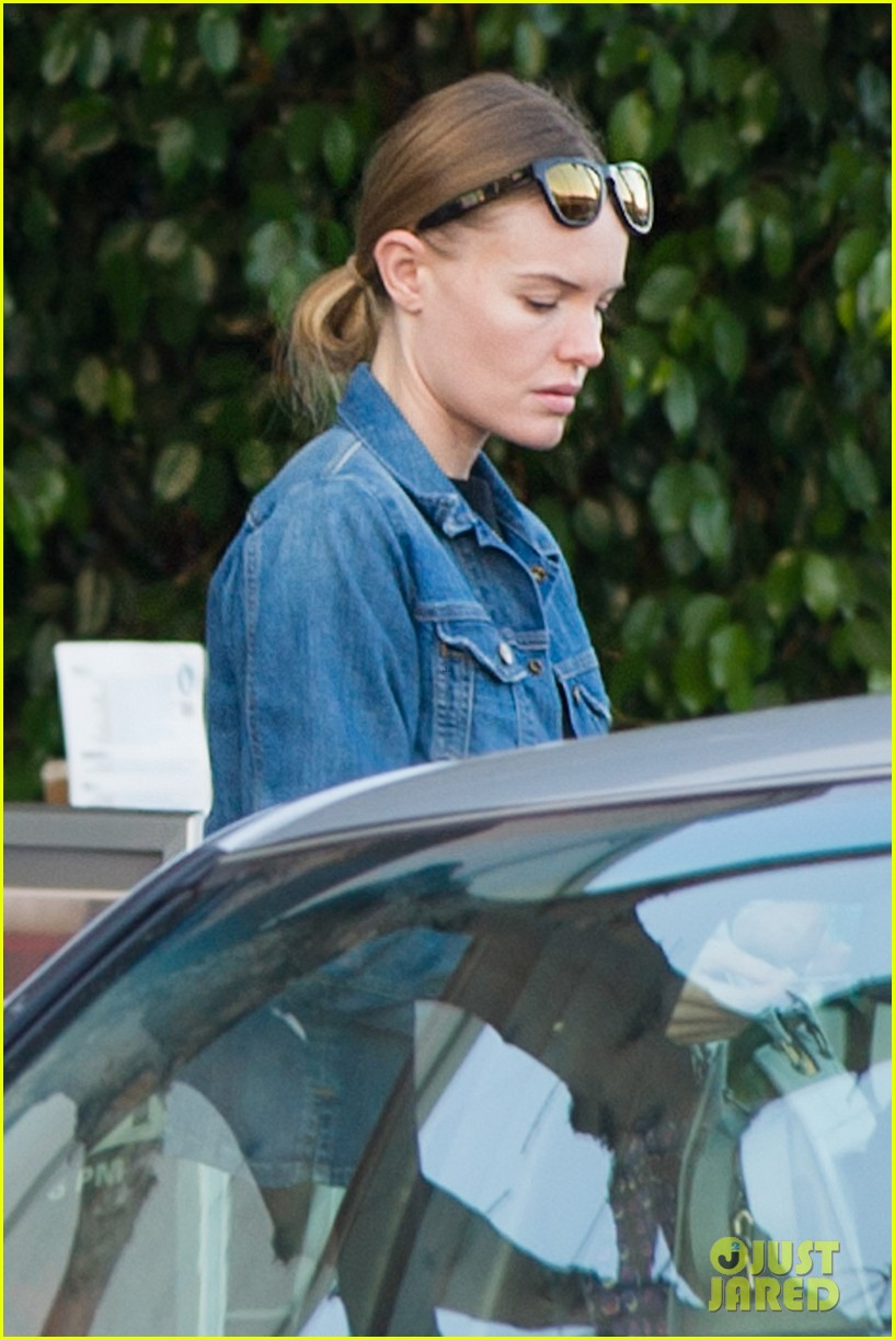 kate bosworth nail salon stop 012795827