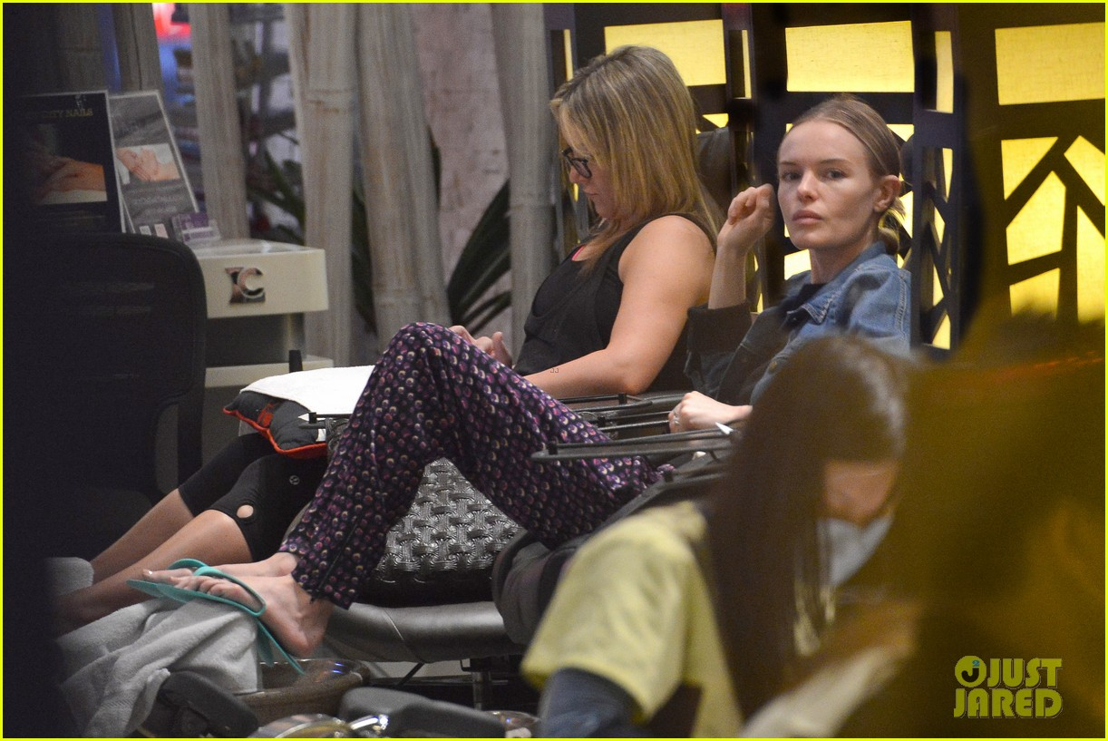 kate bosworth nail salon stop 072795833