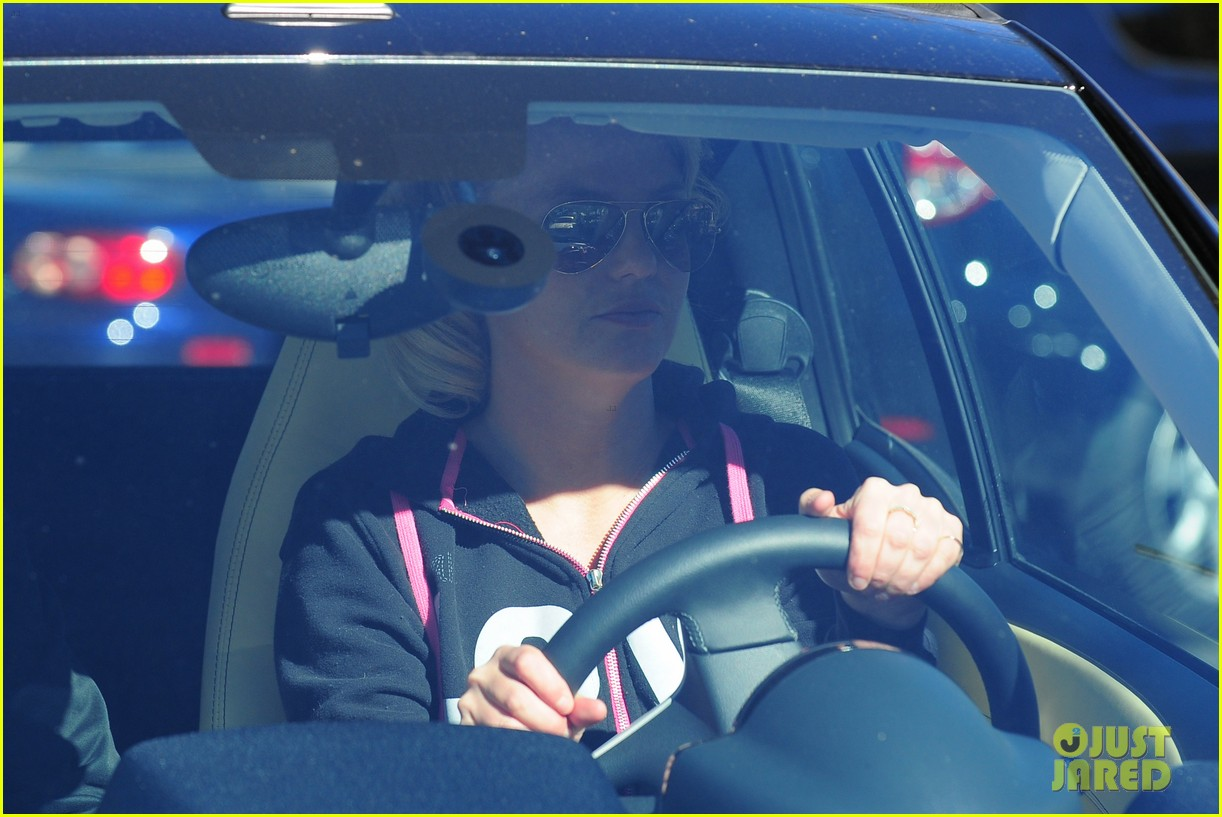 britney spears post split coffee run 012792207