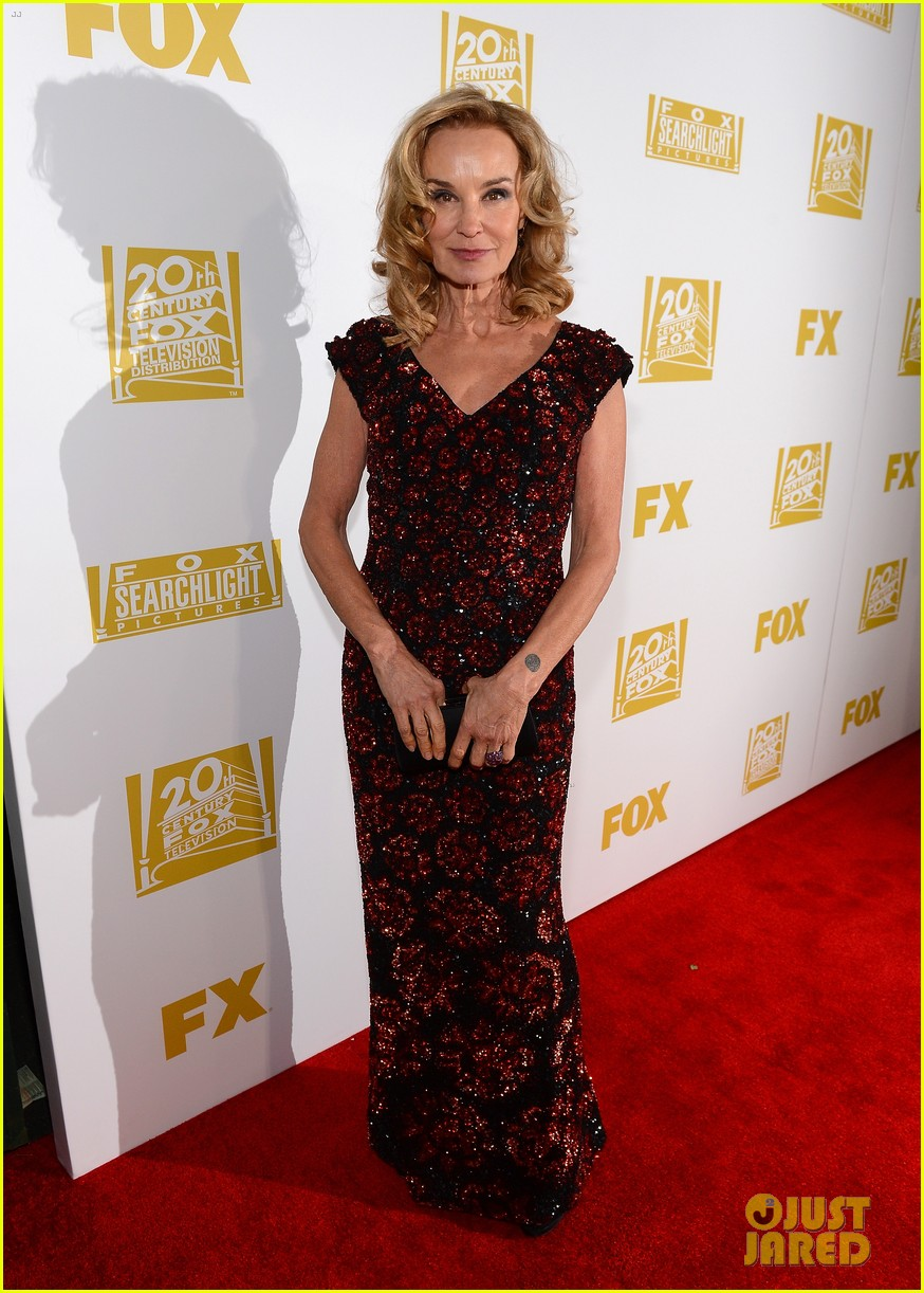 connie britton jessica lange golden globes 2013 red carpet 042791860