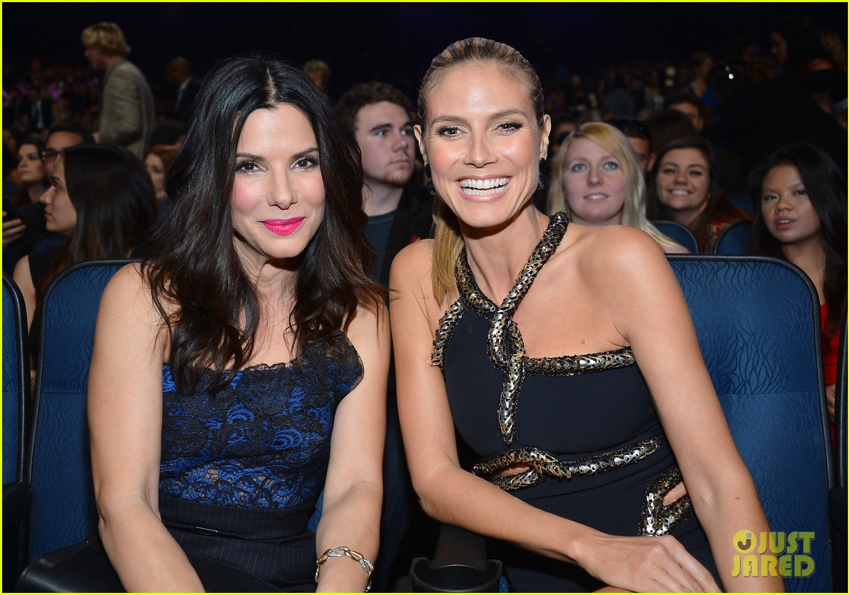 sandra bullock peoples choice 2013 14