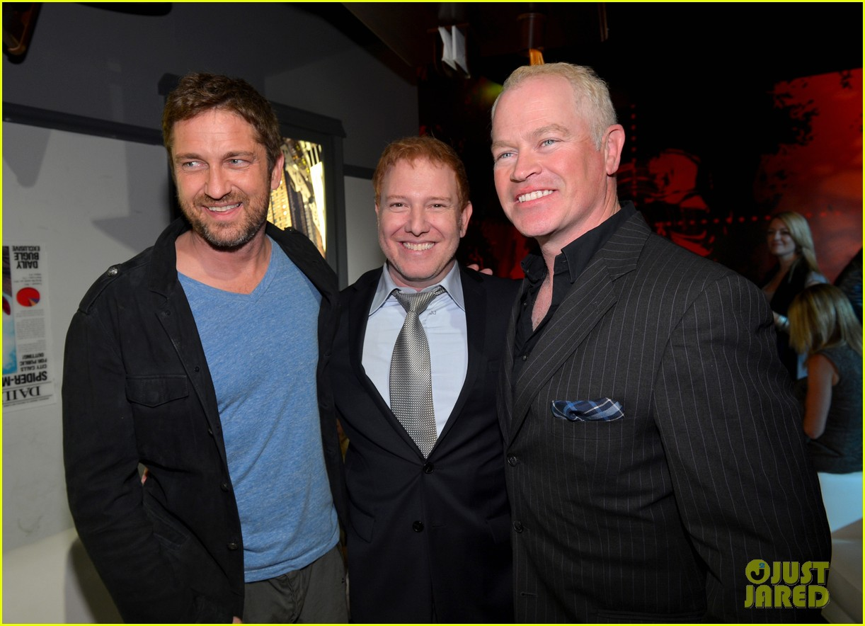 gerard butler movie 43 after party 05