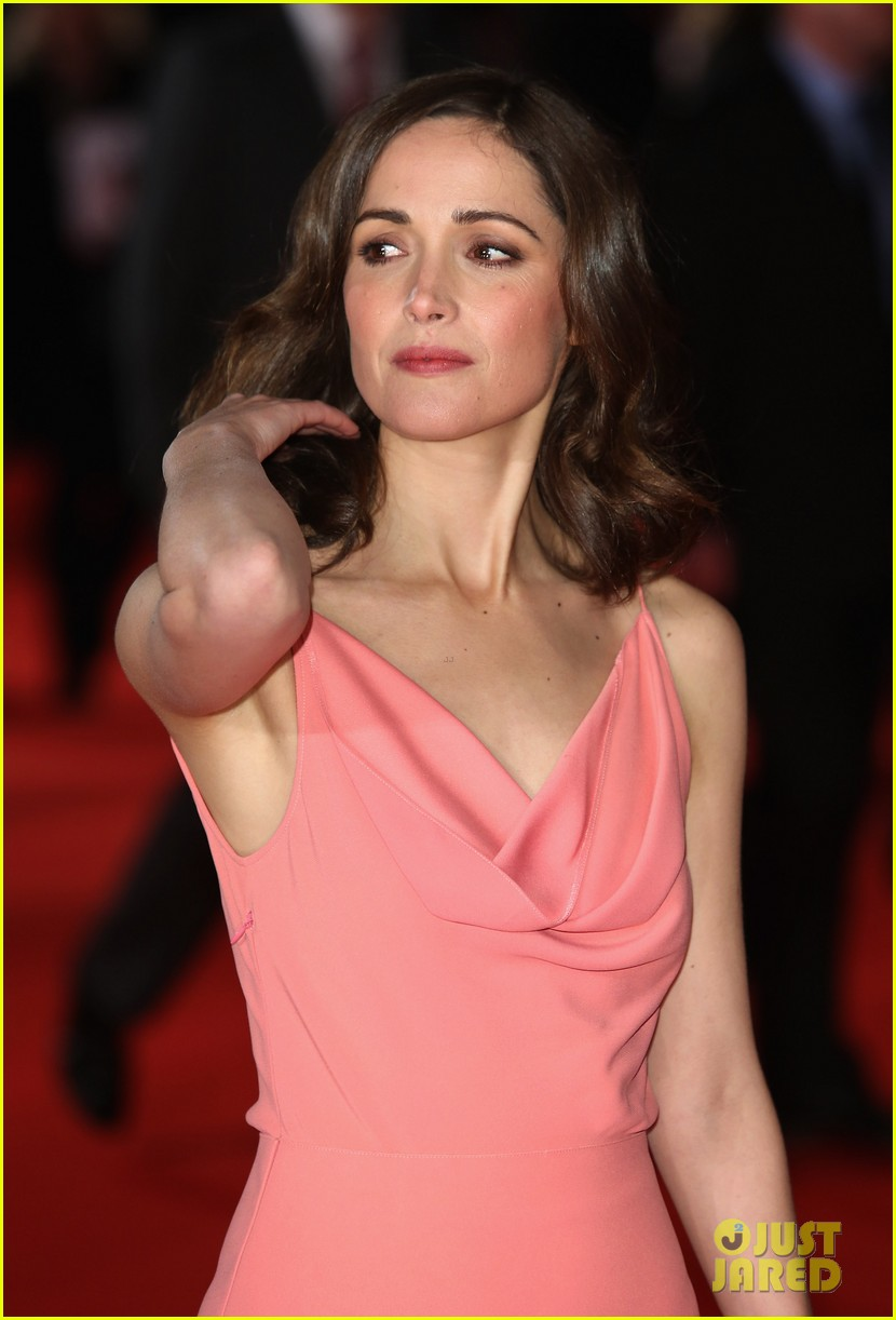 rose byrne i give it a year european premiere 172797997