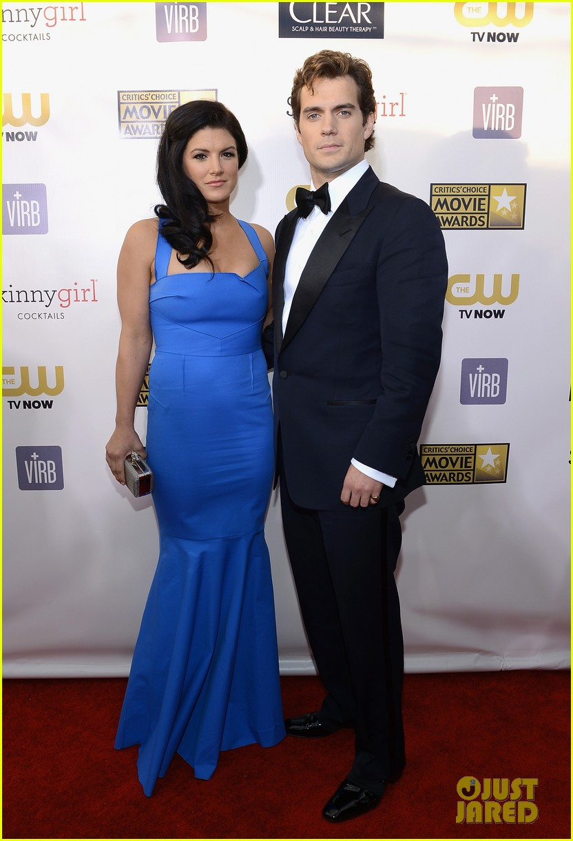 henry cavill gina carano new couple at critics choice awards 022788881