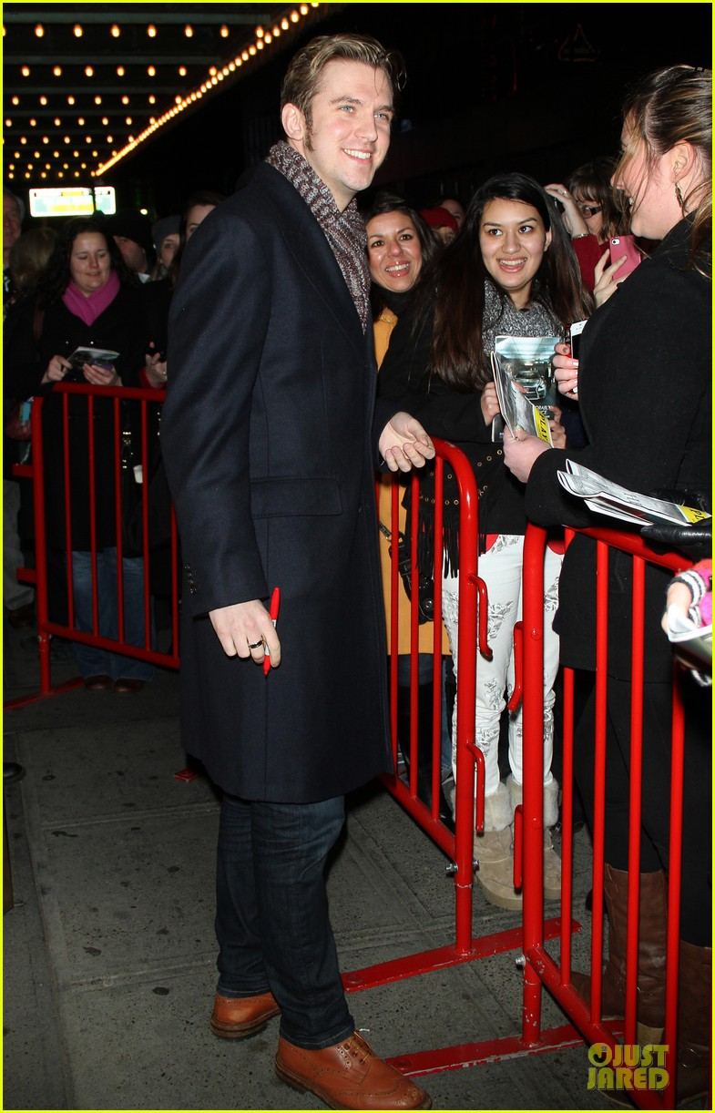 jessica chastain & dan stevens heiress autograph signing 062785946