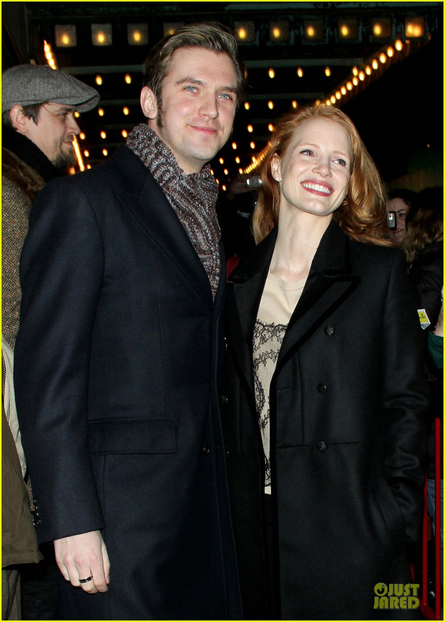 jessica chastain & dan stevens heiress autograph signing 152785955