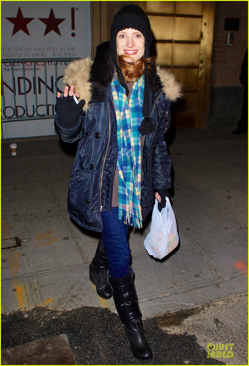 jessica chastain sign language after heiress performance 012798716