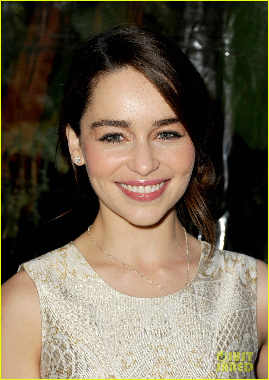 emilia clarke afi awards 2013 red carpet 072789226