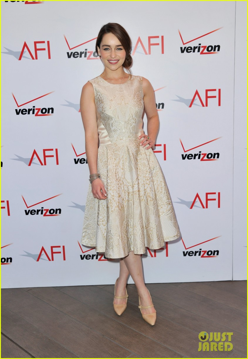 emilia clarke afi awards 2013 red carpet 112789230