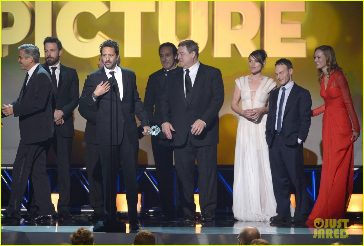 george clooney critics choice awards 2013 winner 072788794