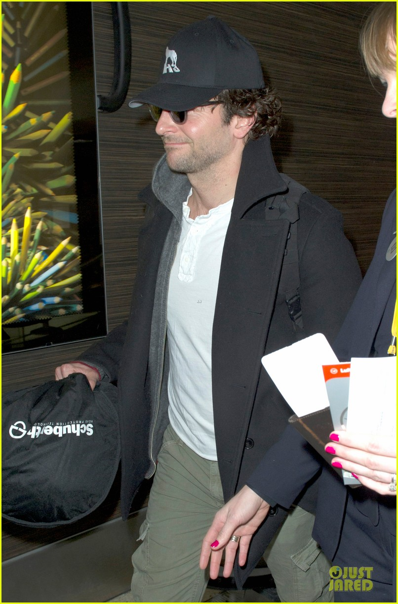 bradley cooper dark invasion star producer 152792385