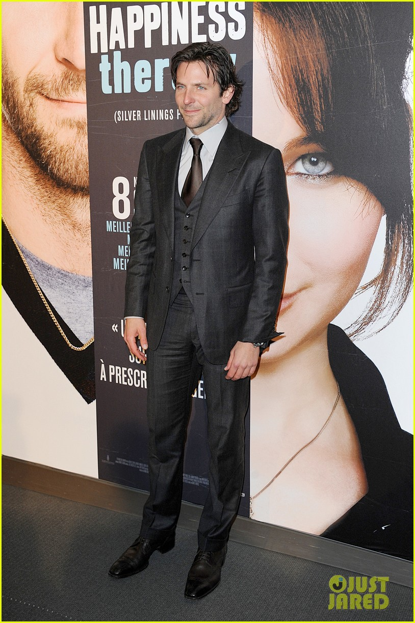 bradley cooper silver linings playbook paris premiere 012793724