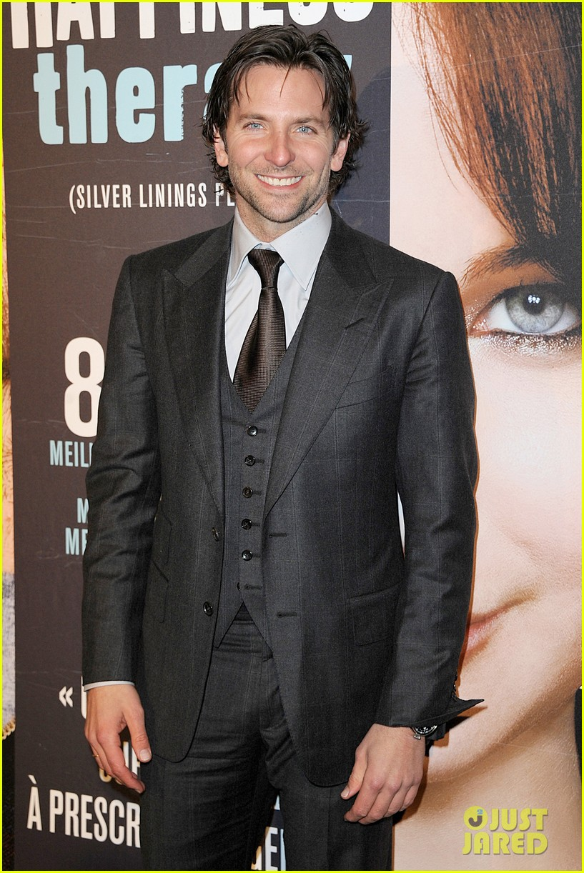 bradley cooper silver linings playbook paris premiere 162793739