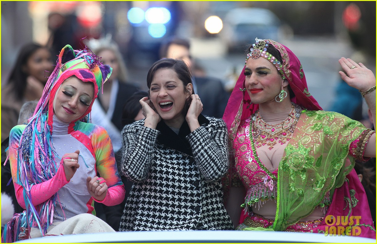 marion cotillard hasty pudding woman of the year 2013 112802164