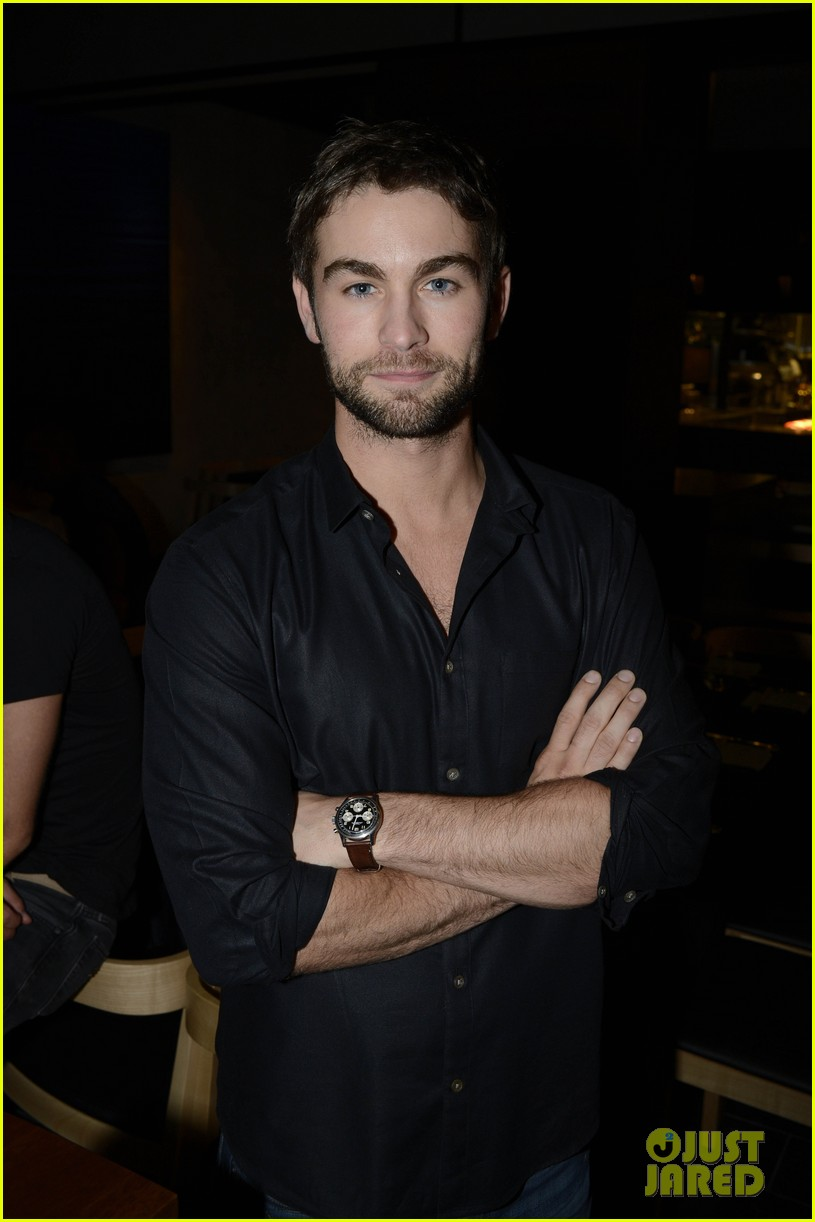 chace crawford matthew morrison new years eve in sydney 012784186