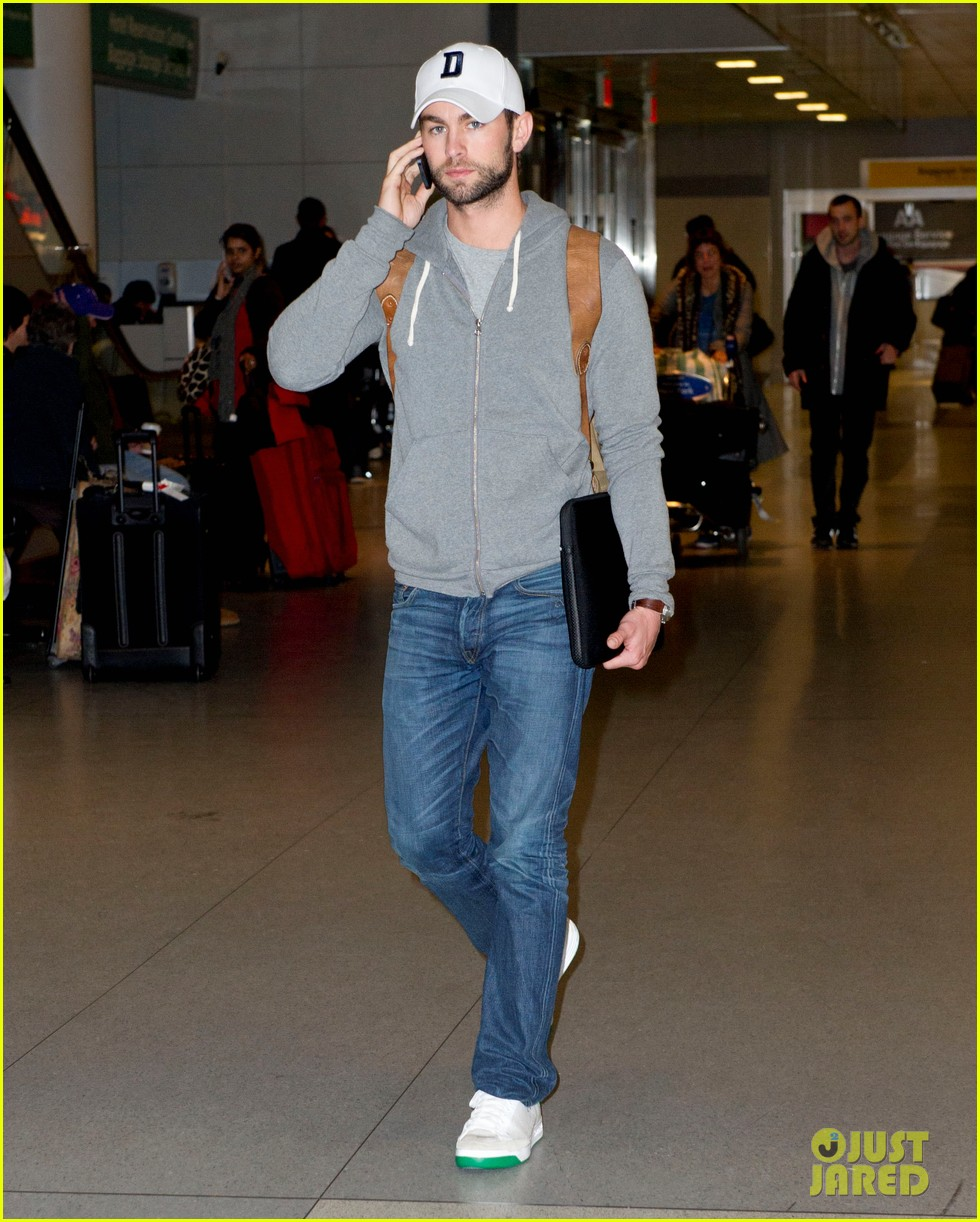 chace crawford matthew morrison new years eve in sydney 022784187