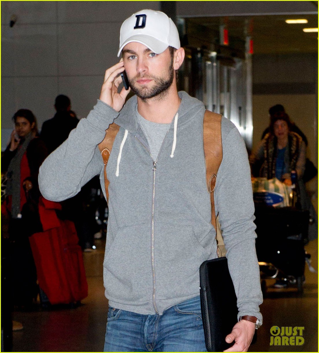 chace crawford matthew morrison new years eve in sydney 102784195
