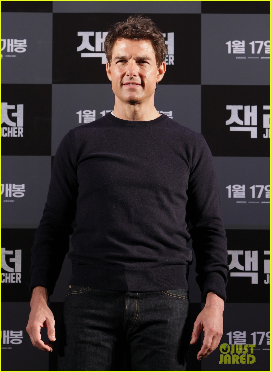 tom cruise rosamund pike jack reacher seoul photo call 042788099