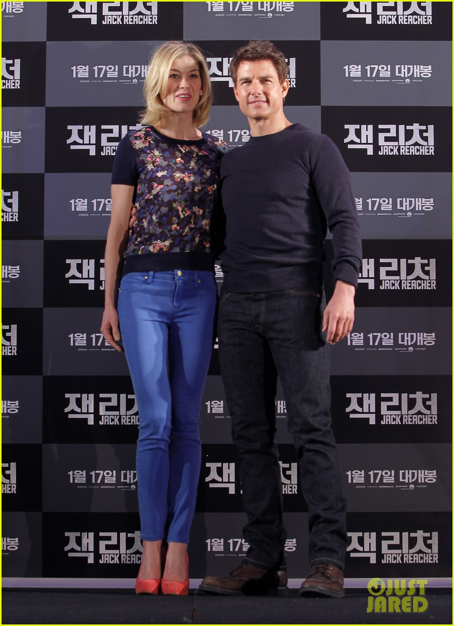 tom cruise rosamund pike jack reacher seoul photo call 092788104