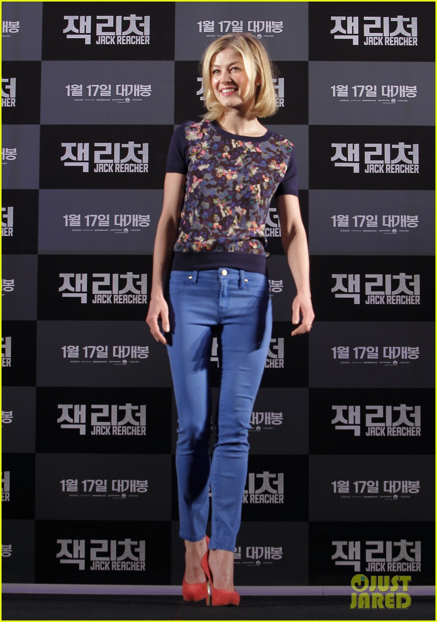 tom cruise rosamund pike jack reacher seoul photo call 282788123